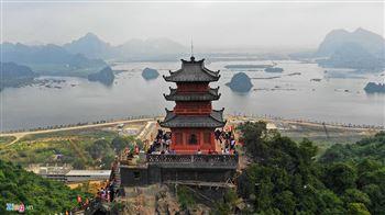 Tour du lịch chùa Tam chúc 1 ngày
