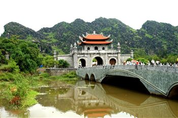 Tour Hoa Lư Tam Cốc 1 ngày