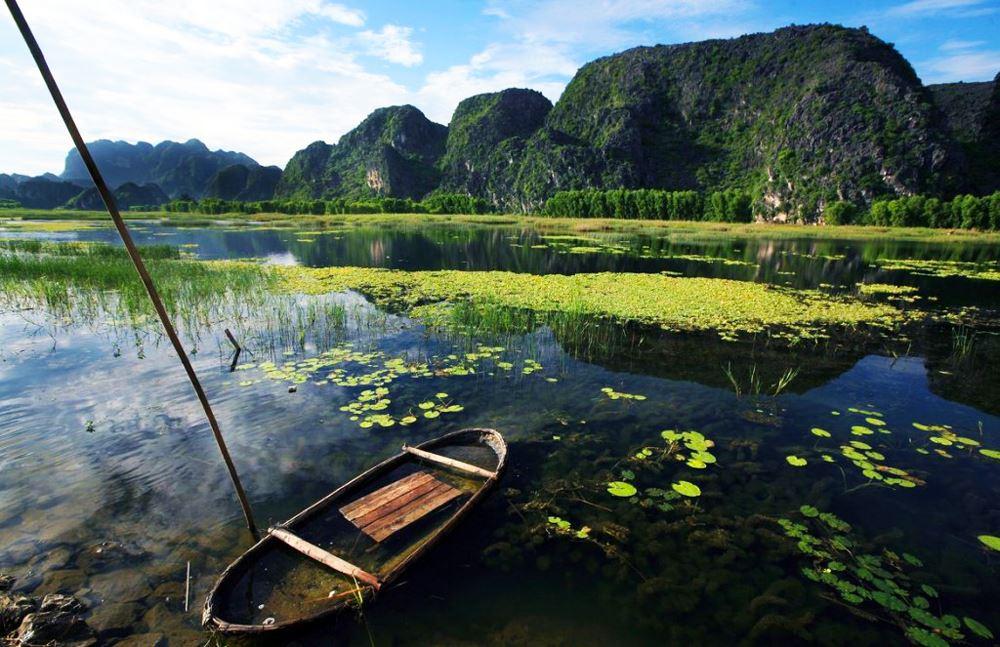 Tour chùa Tam Chúc Đầm Vân Long